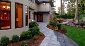 Take a Step on 15 Garden Pathway Designs