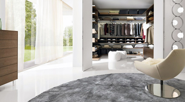 Walk-in Closet Folding Doors