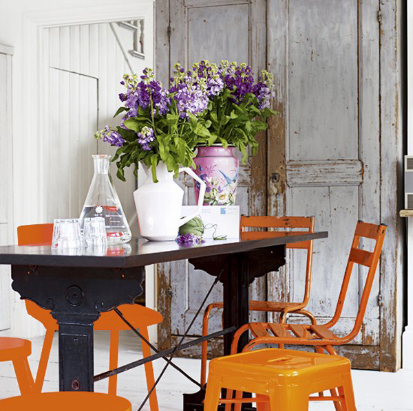 15 catchy orange dining room designs home design lover for Eclectic dining room ideas