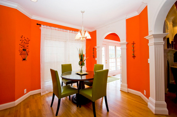 15 catchy orange dining room designs home design lover for Orange dining room design ideas