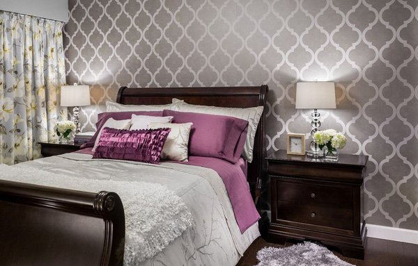 20 bedroom color ideas home design lover for Purple and silver bedroom designs