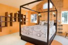 15 Orange Bedroom Designs