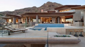 The Luxurious Home in Paradise Valley in Arizona, USA