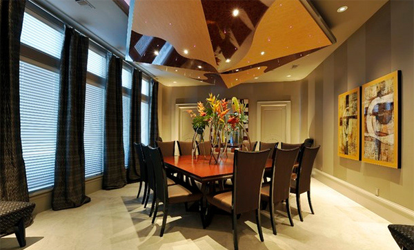 Grand Manor Dining Room
