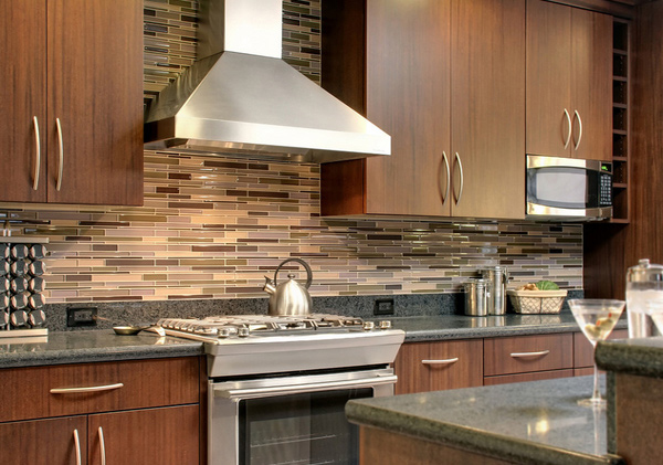 15 beautiful kitchen backsplash ideas home design lover for Stunning kitchen ideas