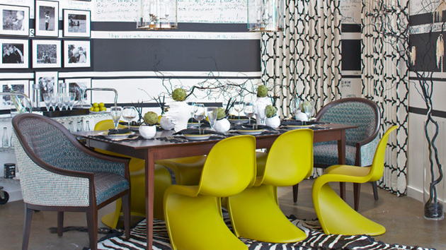Striped Wall Accents in 15 Dining Room Designs | Home Design Lover