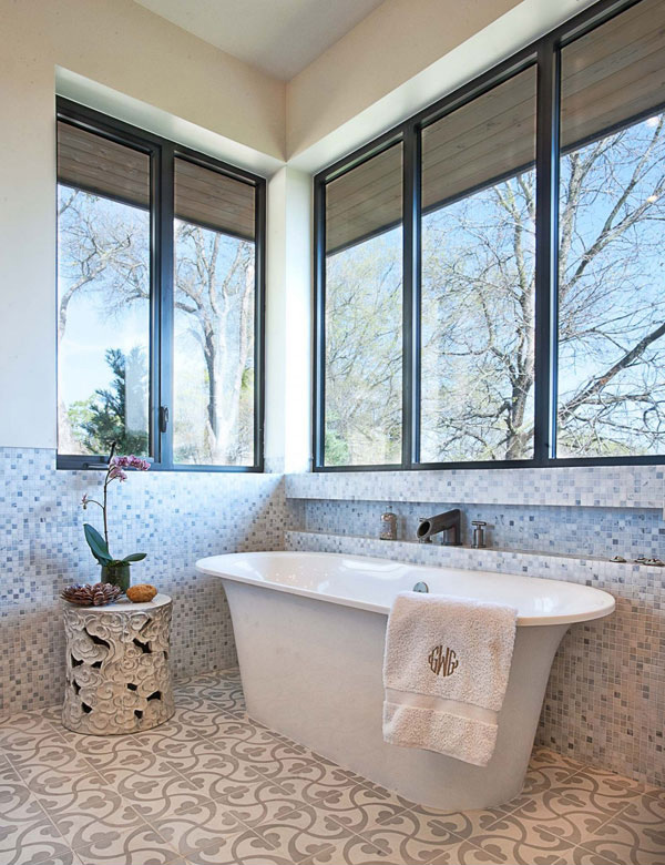 mosaic tiles bathroom