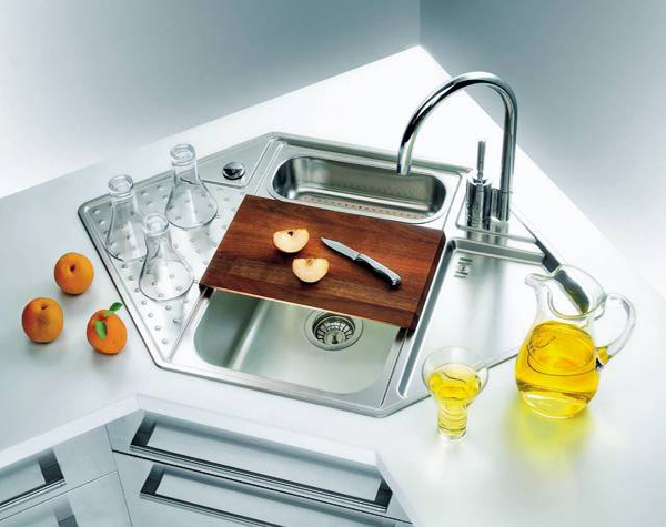 15 cool corner kitchen sink designs home design lover for Contemporary kitchen sinks ideas