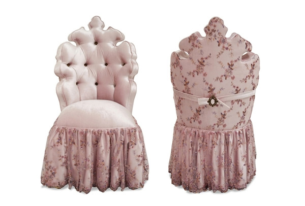 15 Skirted Traditional Vanity Chairs | Home Design Lover