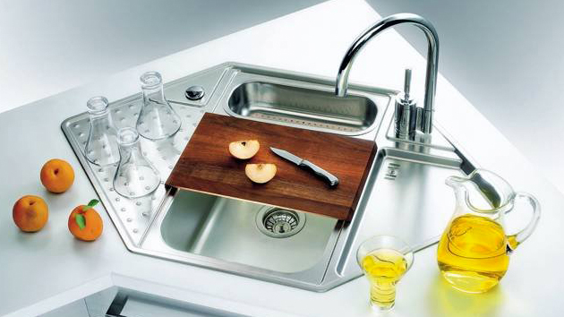 Small Corner Kitchen Sink : 15 Cool Corner Kitchen Sink Designs Home Design Lover