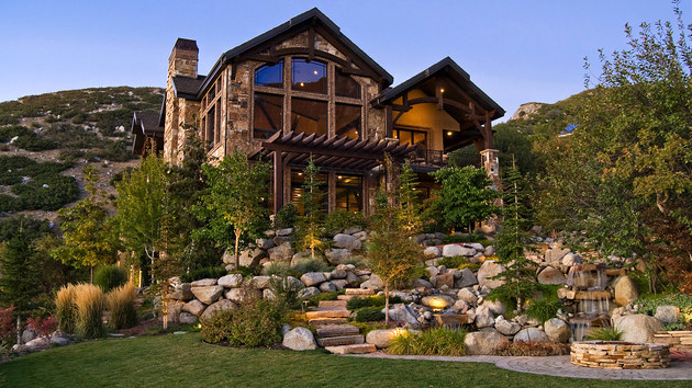 15 Hill Landscape Design Ideas | Home Design Lover