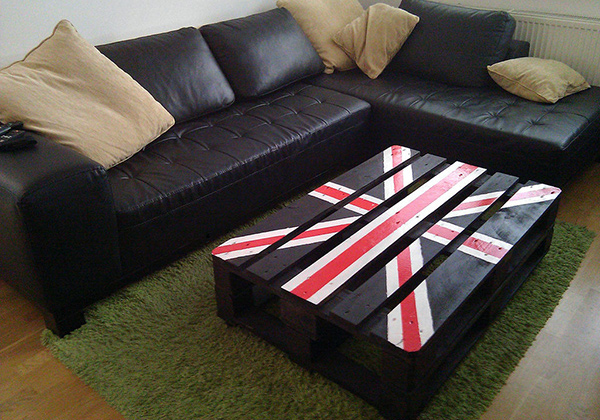 Union Jack Palette Table
