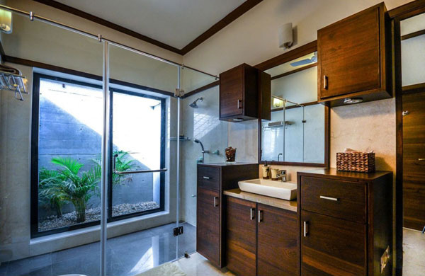 Aranya House Bathroom