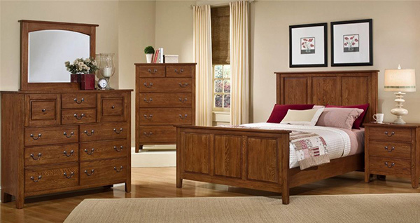 Simple Oak Bedroom Set