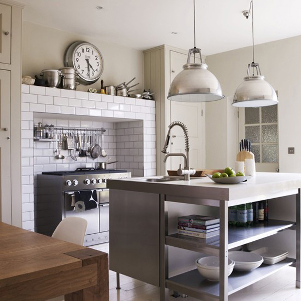 15 Distinct Kitchen Island Lighting Ideas Home Design Lover : 5 Industrial Style from homedesignlover.com size 600 x 630 jpeg 194kB