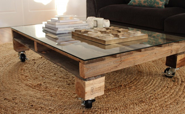 15 pallet coffee table ideas home design lover - Table basse vitree ...