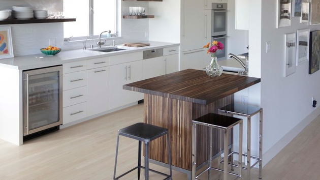 15 small kitchen tables in different kitchen settings for Small table in kitchen