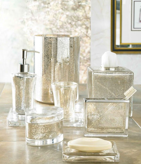 15 luxury bathroom accessories set home design lover for Bathroom accessories glass