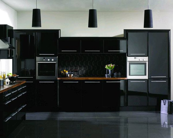 15 astonishing black kitchen cabinets home design lover for Cuisine contemporaine design