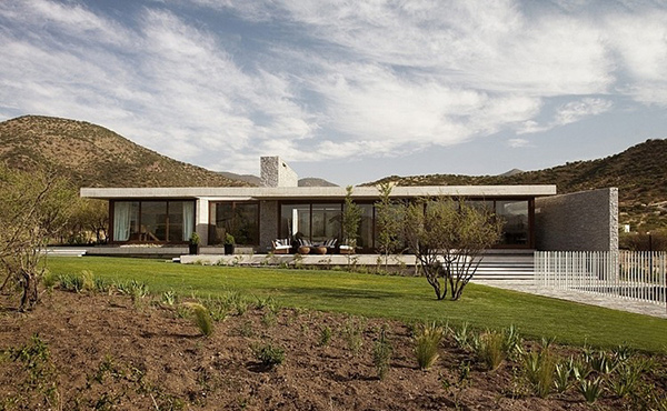 claro house designed to fit chile 39 s climate home design