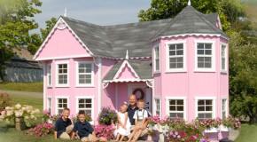 15 Creative Luxury Outdoor Playhouses