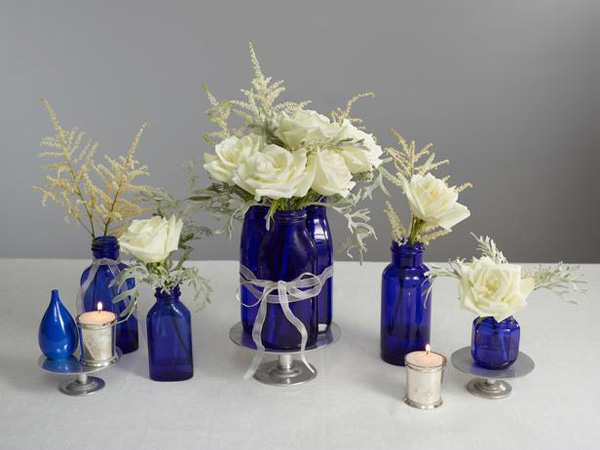 15 lovely table centerpiece ideas home design lover - Blue and white centerpieces ...