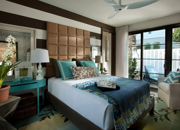15 beautiful brown and teal bedrooms home design lover for Chocolate and blue bedroom ideas