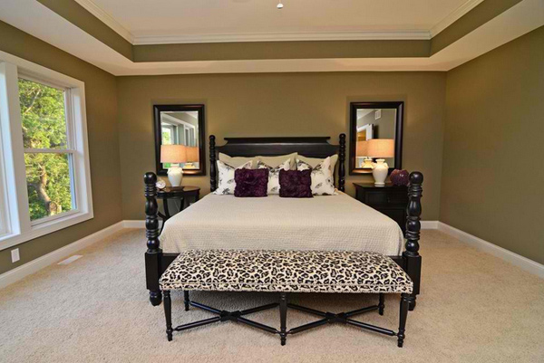 15 Lovely Bedrooms with Leopard Accents - 10 - Pelfind