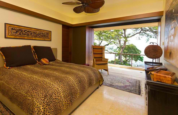 15 Lovely Bedrooms with Leopard Accents - 3 - Pelfind