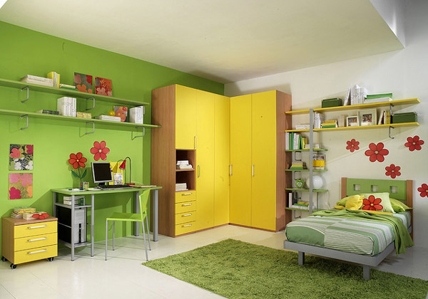 Volo Green and Yellow