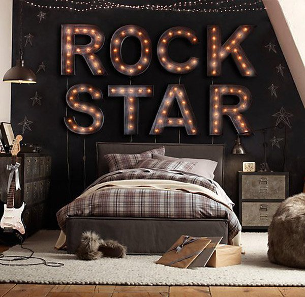 Rock Star  10 Interesting Music Themed Bedrooms 8 Rock Star