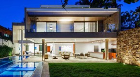Lovely Open Spaces of the MG Residence in Brazil