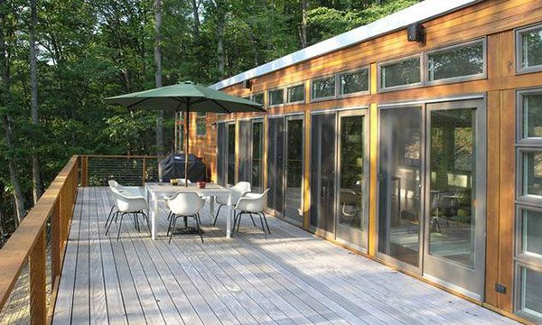 15 Ideas for Gray Wooden Decks