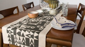 15 Table Runner Designs for Your Dining Table