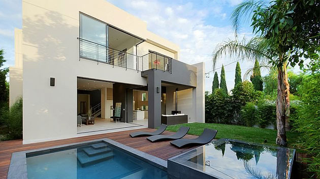 Not an ordinary modern house la jolla residence in la for House for rent near los angeles