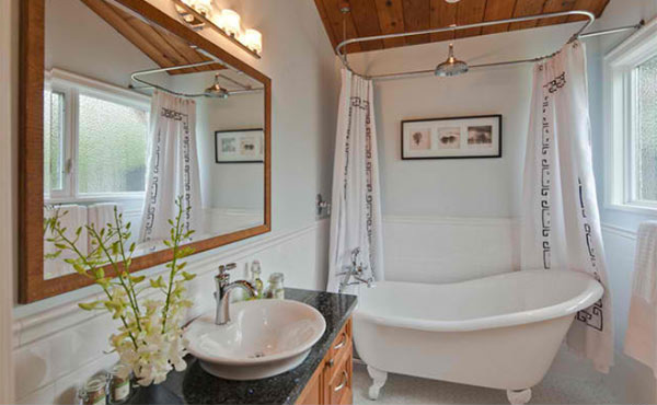 15 ideas on setting a bathroom with victorian bath tub for Victorian bathroom design ideas