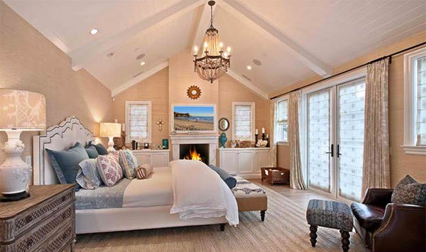 Master Bedroom Vaulted Ceiling 15 bedrooms with cathedral and vaulted ceilings | home design lover