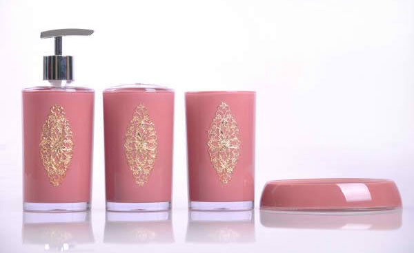 15 chic pink bathroom accessories set for Pink and gold bathroom accessories
