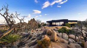 The Spectacular Strong Design of the Black Desert Mansion in Yucca Valley