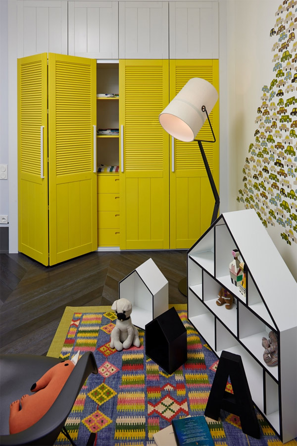 vibrant built-in cabinets