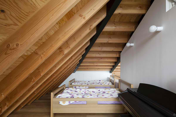A Modern Hipped Roof House In Japan Home Design Lover