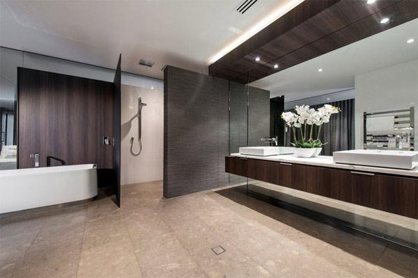 bathroom sink and bathtub