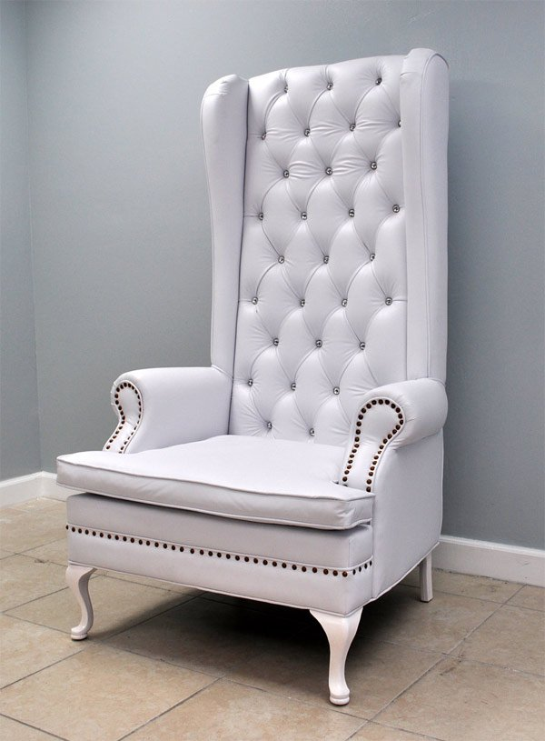 simple white throne