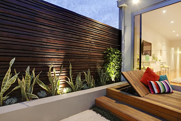 Esplanade East A Compact Modern Garden Design Project In