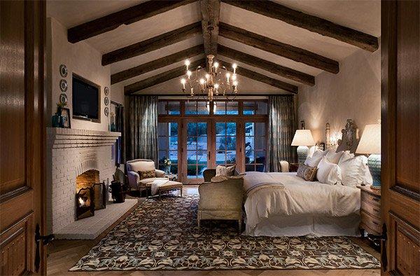 luxurious Mediterranean design bedroom