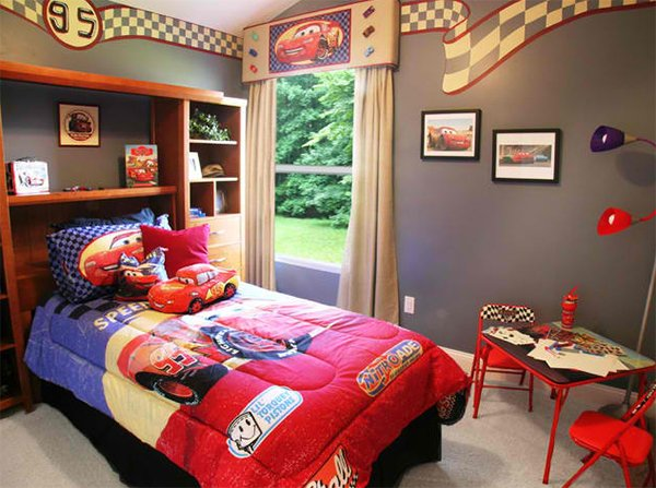 Zoom with style in 20 car themed bedroom for your boys for Boy car bedroom ideas