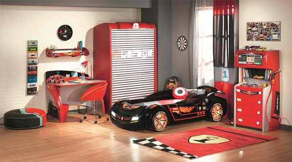 Zoom with style in 20 car themed bedroom for your boys - Stickers voiture chambre garcon ...