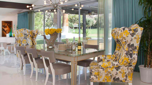 10 tips to pull off a mismatched dining room home design for In n out dining room hours
