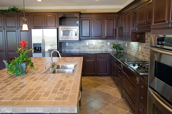 20 pictures of simple tile kitchen countertops home for Kitchen ideas with porcelain countertops