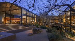 Stunning Design of the Dessert Courtyard House in Arizona